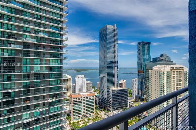 60 SW 13th St #3612, Miami, FL 33130 (MLS #A10417419) :: The Teri Arbogast Team at Keller Williams Partners SW