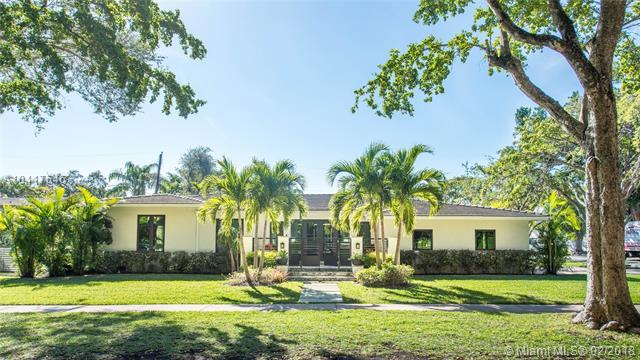 940 Cotorro Ave, Coral Gables, FL 33146 (MLS #A10417646) :: The Riley Smith Group