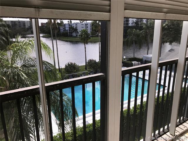 2220 N Cypress Bend Dr #401, Pompano Beach, FL 33069 (MLS #A10417963) :: The Teri Arbogast Team at Keller Williams Partners SW
