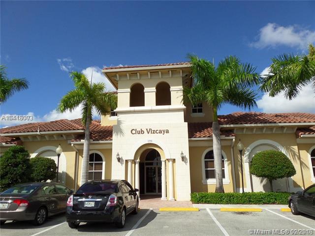 14107 SW 49th St #10, Miramar, FL 33027 (MLS #A10418003) :: Green Realty Properties