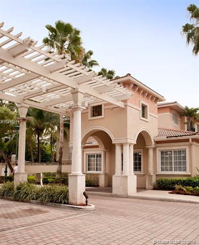 2119 SE 10th Ave #908, Fort Lauderdale, FL 33316 (MLS #A10418011) :: The Teri Arbogast Team at Keller Williams Partners SW