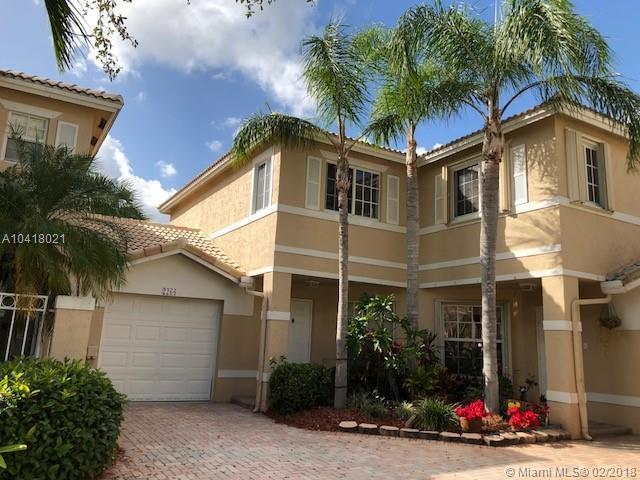 2266 NW 170th Ave #2266, Pembroke Pines, FL 33028 (MLS #A10418021) :: The Teri Arbogast Team at Keller Williams Partners SW