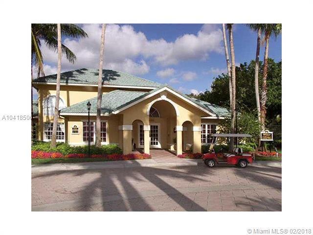 Pompano Beach, FL 33069 :: The Teri Arbogast Team at Keller Williams Partners SW
