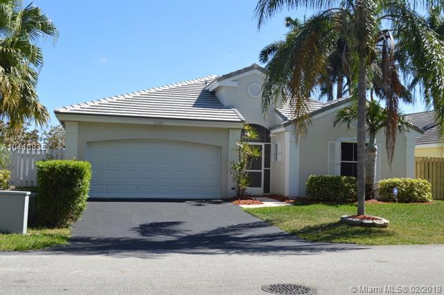 5280 NW 53rd Ave, Coconut Creek, FL 33073 (MLS #A10418835) :: The Teri Arbogast Team at Keller Williams Partners SW