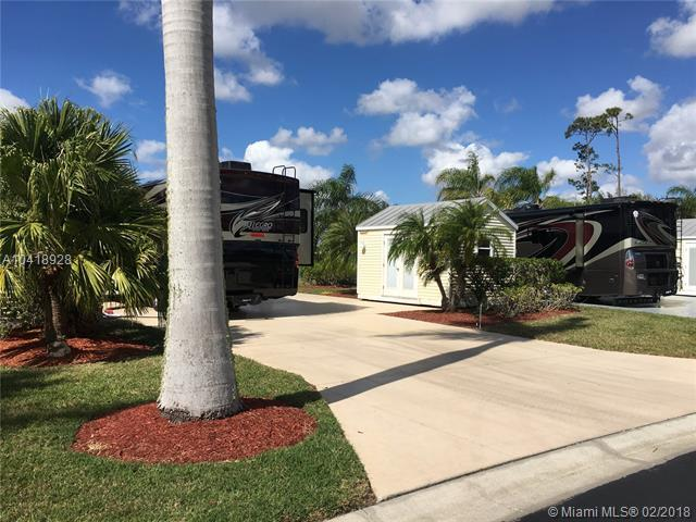3032 Gray Eagle Pkwy, Other City - In The State Of Florida, FL 33935 (MLS #A10418928) :: The Teri Arbogast Team at Keller Williams Partners SW