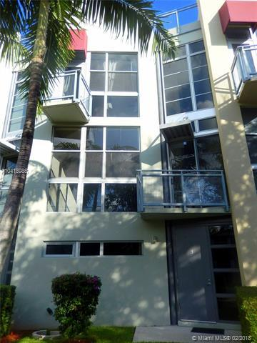 721 SE 12TH CT #3, Fort Lauderdale, FL 33316 (MLS #A10418986) :: The Teri Arbogast Team at Keller Williams Partners SW