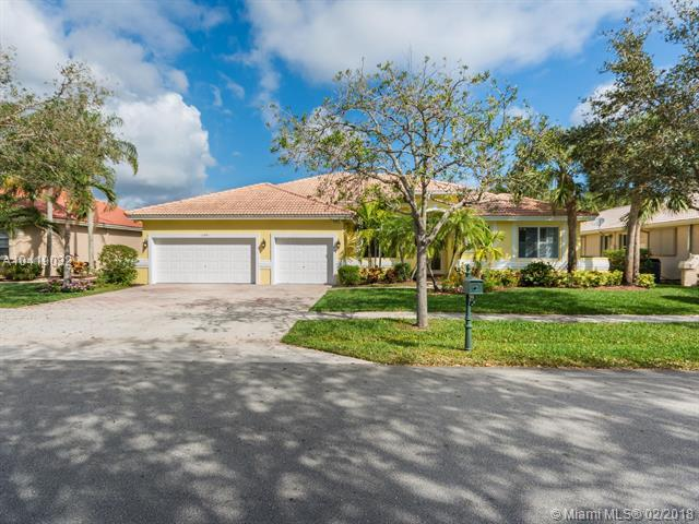 12841 Country Glen Drive, Cooper City, FL 33330 (MLS #A10419032) :: The Teri Arbogast Team at Keller Williams Partners SW