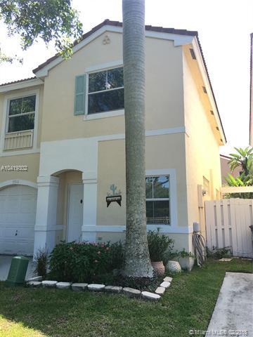 3910 Tree Tops Rd, Cooper City, FL 33026 (MLS #A10419302) :: The Teri Arbogast Team at Keller Williams Partners SW