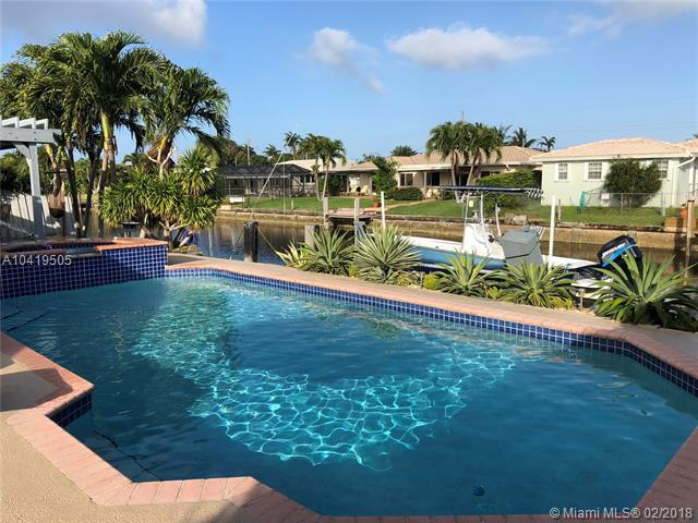6260 NE 19th Ave, Fort Lauderdale, FL 33308 (MLS #A10419505) :: The Teri Arbogast Team at Keller Williams Partners SW