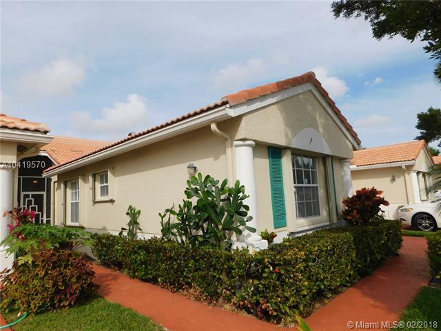 6123 Floral Lakes Dr, Delray Beach, FL 33484 (MLS #A10419570) :: The Teri Arbogast Team at Keller Williams Partners SW
