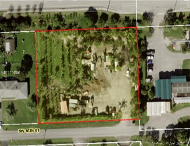 14379 SW 46 St, Southwest Ranches, FL 33331 (MLS #A10419606) :: Stanley Rosen Group
