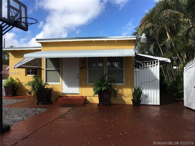 1418 w 2 ave 1418 W 2 Ave, Hialeah, FL 33010 (MLS #A10419655) :: The Teri Arbogast Team at Keller Williams Partners SW