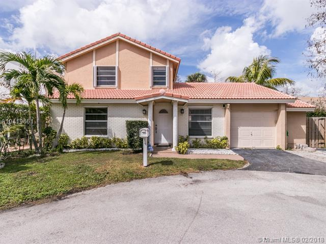9061 NW 13th Ct, Coral Springs, FL 33071 (MLS #A10419661) :: The Teri Arbogast Team at Keller Williams Partners SW