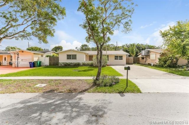 9448 SW 52nd Ct, Cooper City, FL 33328 (MLS #A10419799) :: The Chenore Real Estate Group