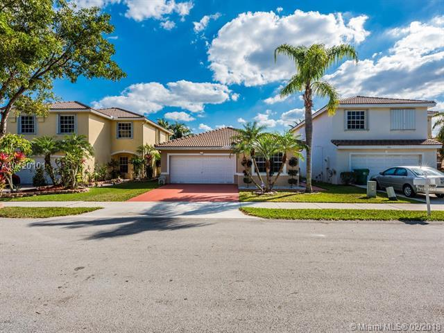 7944 N Silverado Cir, Davie, FL 33024 (MLS #A10420101) :: Green Realty Properties
