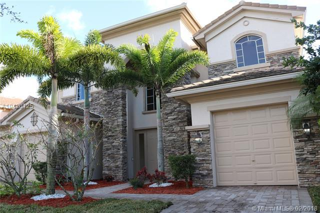 647 Edgebrook Ln, Royal Palm Beach, FL 33411 (MLS #A10420125) :: The Teri Arbogast Team at Keller Williams Partners SW
