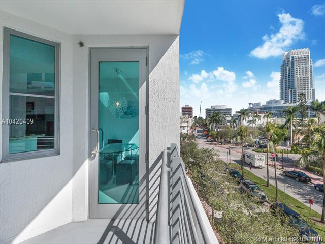 110 Washington Ave #1413, Miami Beach, FL 33139 (MLS #A10420409) :: The Teri Arbogast Team at Keller Williams Partners SW