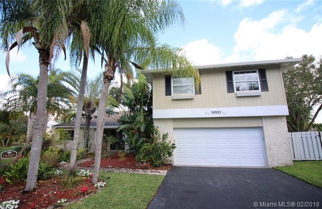 14521 Hampton Place, Davie, FL 33325 (MLS #A10420474) :: The Teri Arbogast Team at Keller Williams Partners SW