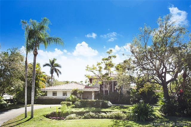 5740 SW 118th St, Coral Gables, FL 33156 (MLS #A10420576) :: The Teri Arbogast Team at Keller Williams Partners SW