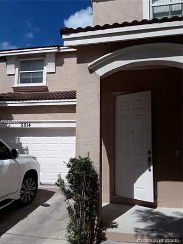 5014 SW 155th Ave, Miramar, FL 33027 (MLS #A10420593) :: Green Realty Properties