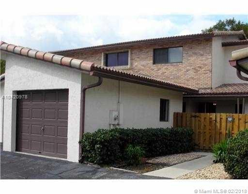 12441 NW 3rd St A2, Plantation, FL 33325 (MLS #A10420978) :: The Teri Arbogast Team at Keller Williams Partners SW