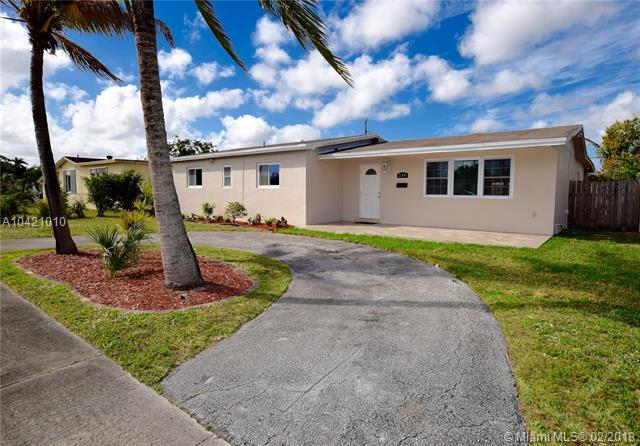 250 N 66th Ave, Hollywood, FL 33024 (MLS #A10421010) :: The Teri Arbogast Team at Keller Williams Partners SW