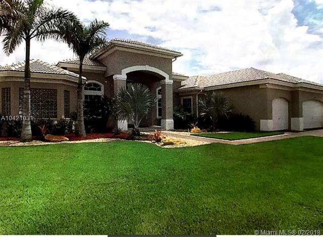 15001 SW 33rd St, Davie, FL 33331 (MLS #A10421031) :: United Realty Group