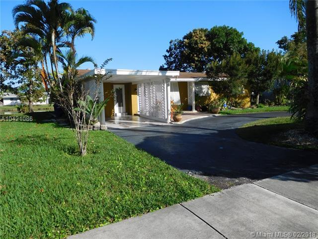 20311 NW 4th Ave, Miami Gardens, FL 33169 (MLS #A10421086) :: The Teri Arbogast Team at Keller Williams Partners SW