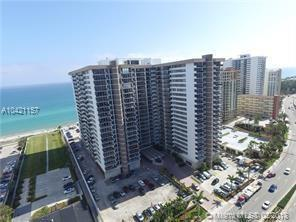 Hallandale, FL 33009 :: The Chenore Real Estate Group