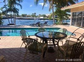 27 Fort Royal Isle, Fort Lauderdale, FL 33308 (MLS #A10421171) :: United Realty Group