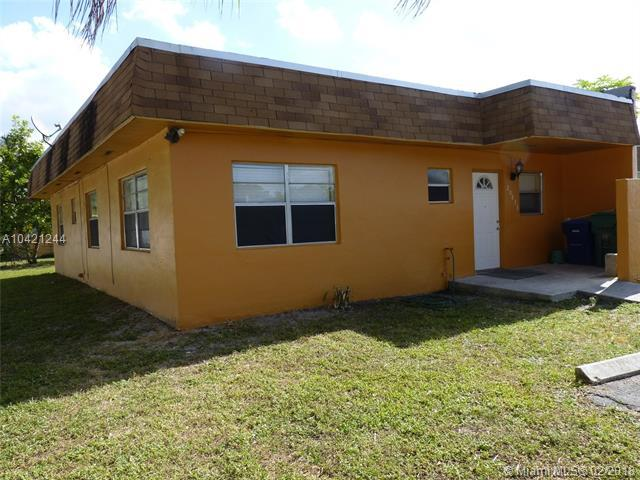 20833 NW 25th Ave #20833, Miami Gardens, FL 33056 (MLS #A10421244) :: The Teri Arbogast Team at Keller Williams Partners SW