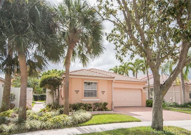 15634 NW 14th Ct, Pembroke Pines, FL 33028 (MLS #A10421256) :: Green Realty Properties