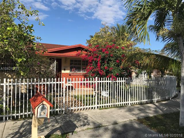 502 SW 103rd Ave, Sweetwater, FL 33174 (MLS #A10421331) :: The Teri Arbogast Team at Keller Williams Partners SW