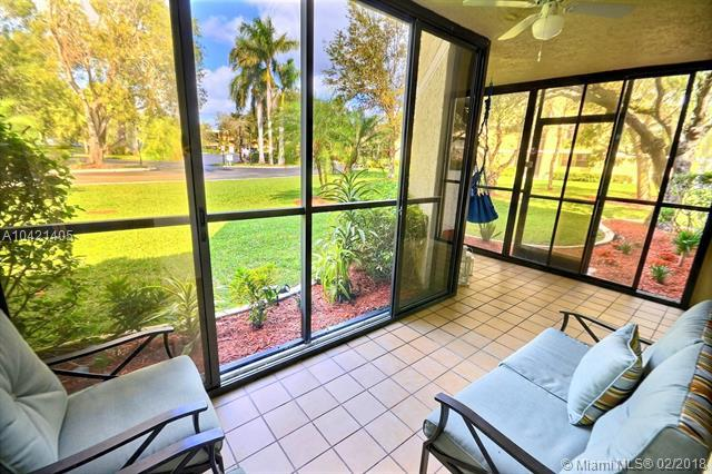 16200 Golf Club Rd #102, Weston, FL 33326 (MLS #A10421405) :: The Chenore Real Estate Group