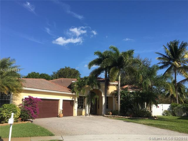 9056 Charlee St, Lake Worth, FL 33467 (MLS #A10421834) :: Stanley Rosen Group