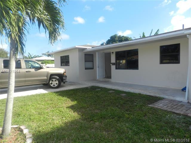 2248 Funston St, Hollywood, FL 33020 (MLS #A10421864) :: Green Realty Properties
