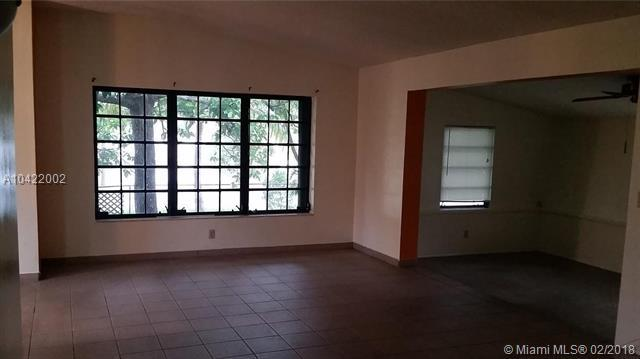 17690 NE 5th Ct, North Miami Beach, FL 33162 (MLS #A10422002) :: Green Realty Properties