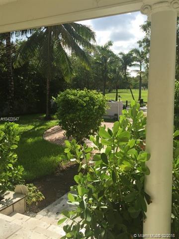 2331 S Bayshore Dr, Miami, FL 33133 (MLS #A10422047) :: The Riley Smith Group