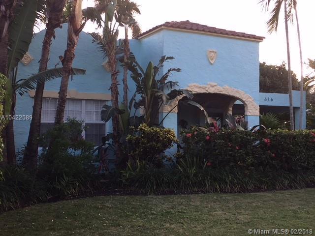 616 Westwood Rd, West Palm Beach, FL 33401 (MLS #A10422089) :: The Teri Arbogast Team at Keller Williams Partners SW