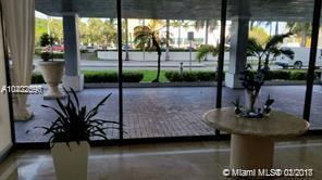 13499 Biscayne Blvd, North Miami, FL 33181 (MLS #A10422596) :: The Chenore Real Estate Group