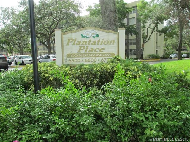 6600 Cypress Rd #205, Plantation, FL 33317 (MLS #A10422856) :: Stanley Rosen Group