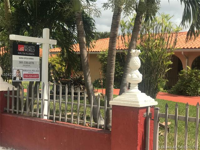 551 SW 127th Ave, Miami, FL 33184 (MLS #A10423566) :: Stanley Rosen Group