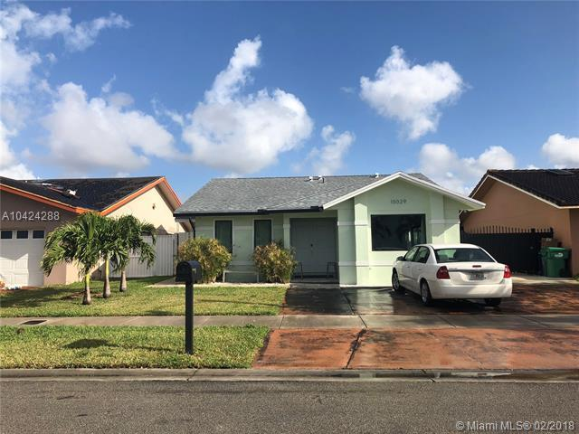 15029 SW 63rd St, Miami, FL 33193 (MLS #A10424288) :: Stanley Rosen Group
