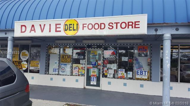 3261 Davie Blvd, Fort Lauderdale, FL 33312 (MLS #A10424533) :: Stanley Rosen Group