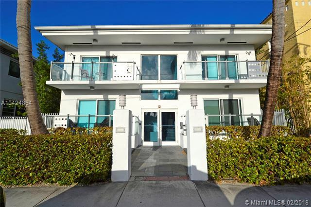 7171 Bay Dr #2, Miami Beach, FL 33141 (MLS #A10424864) :: Stanley Rosen Group