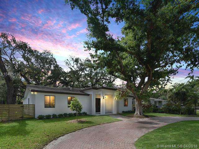 7500 SW 63 Court, South Miami, FL 33143 (MLS #A10425126) :: Hergenrother Realty Group Miami