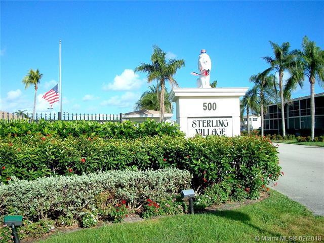 680 W Horizons #106, Boynton Beach, FL 33435 (MLS #A10425246) :: Stanley Rosen Group