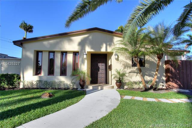 906 N 13th Ter, Hollywood, FL 33019 (MLS #A10425327) :: RE/MAX Presidential Real Estate Group