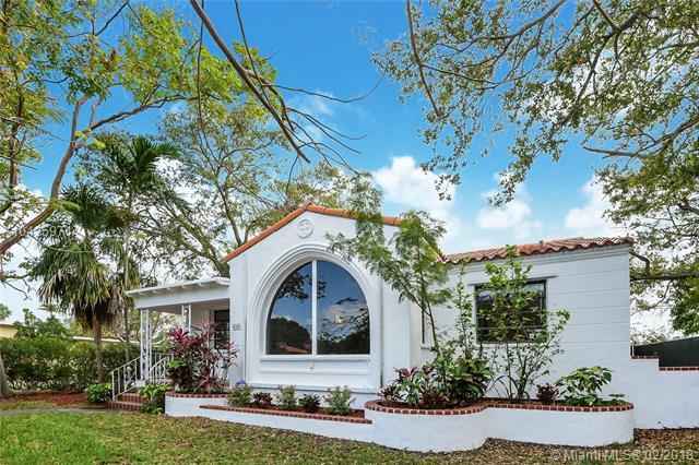 820 NE 80th St, Miami, FL 33138 (MLS #A10425971) :: The Jack Coden Group