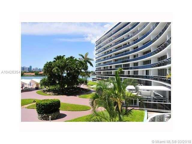 900 Bay Dr #223, Miami Beach, FL 33141 (MLS #A10426354) :: The Jack Coden Group